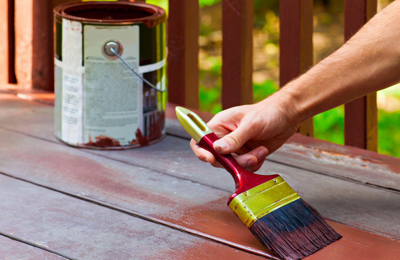 decking paint features